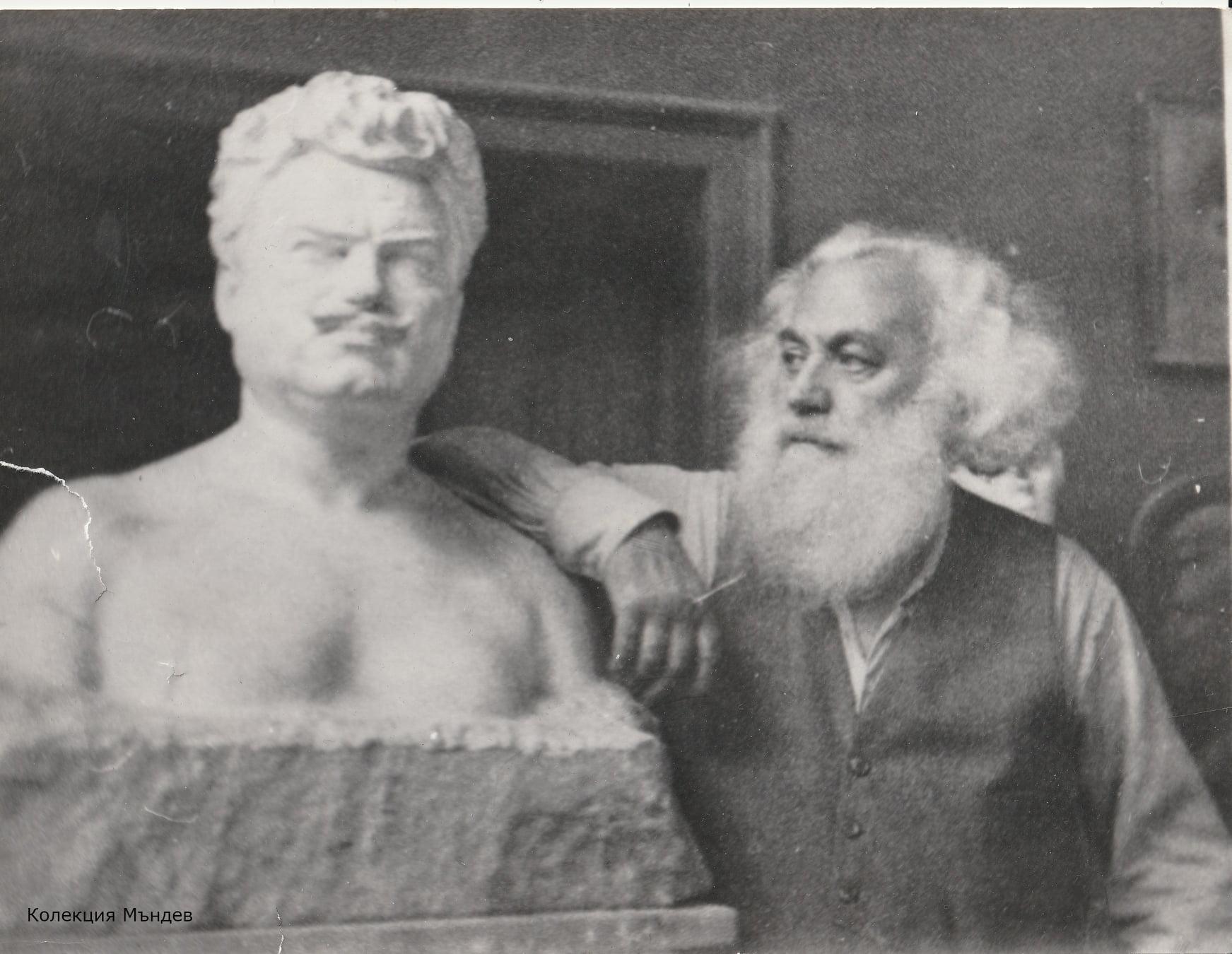 български скулптури - Андрей Николов