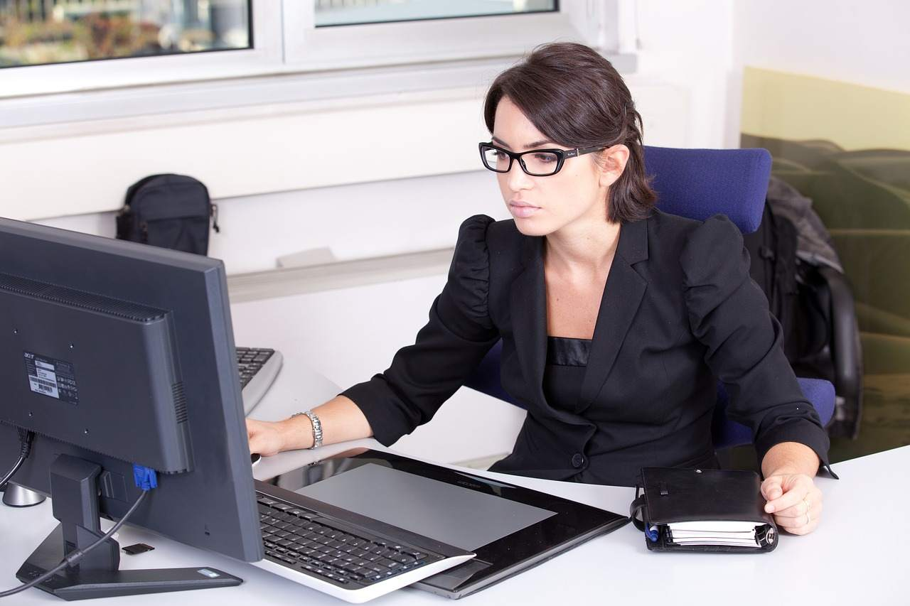 Счетоводно обслужване и регистрация на фирма